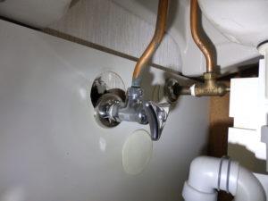 洗面台の止水栓の例