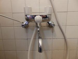 浴室の止水栓